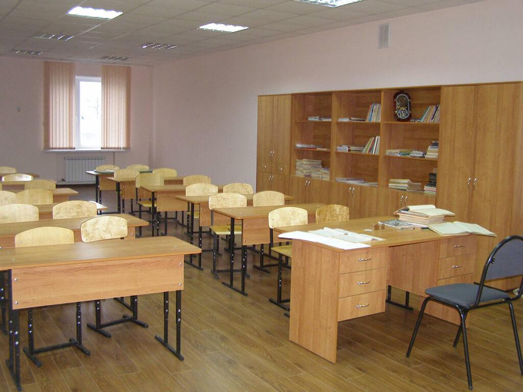 Как сделать ремонт в классе своими силами? 49